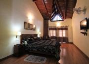 Premier Room (4)